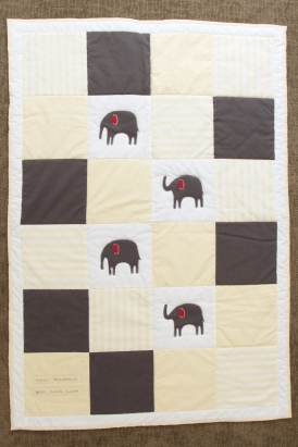 Acelli's Yellow Elephant Quilt